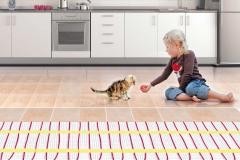 Электрический теплый пол полностью безопасен, поэтому на нем могут играть даже дети