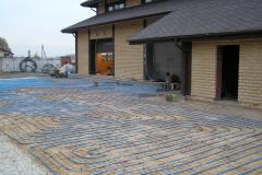 Отопительная система теплый пол используется даже для обогрева террас и прочих возледомных площадок