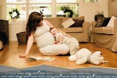 Высокая безопасность этой системы обогрева помещения позволяет располагаться на полу даже маленьким детям