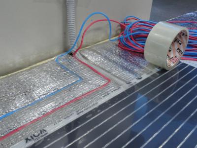Контакты пленки и термостат